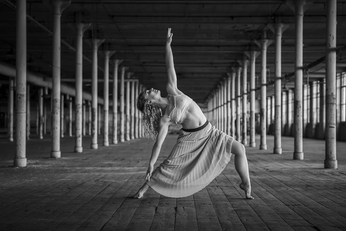Sara McQueen by Sue Hartley