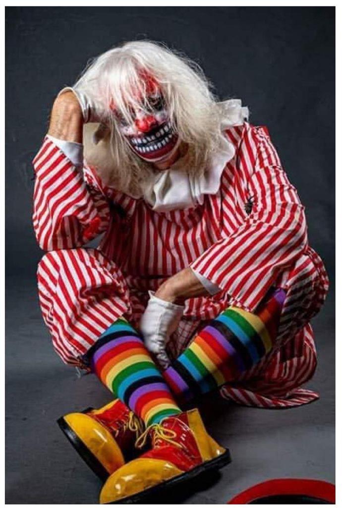 Geoff Amos as Humbug the Clown